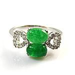 Elegant genuine clear malaysian jade ring in 925 silver