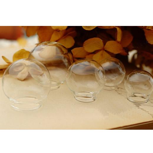 Zakka  Clear Hand Blown Glass Round Balls