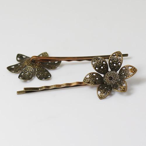 Hairpins base brass nickel free lead safe diameter:8mm long :55mm  flower